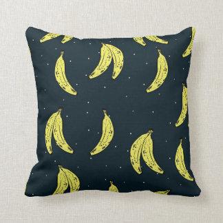 Almofada Travesseiro com teste padrão da banana e do céu