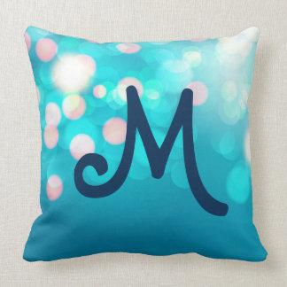 Almofada Travesseiro customizável azul do monograma de