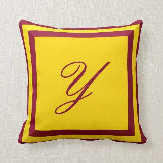 Almofada Travesseiro customizável do monograma de Borgonha