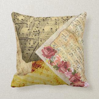 Almofada Travesseiro da partitura dos rosas do vintage e