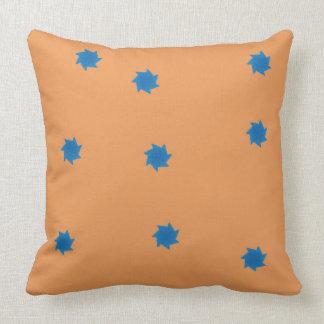Almofada Travesseiro das estrelas alaranjadas e azuis