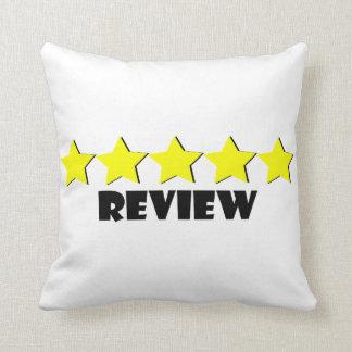 Almofada travesseiro de cinco estrelas da revisão