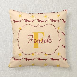 Almofada Travesseiro decorativo amarelo bonito do nome do