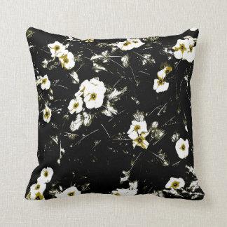 Almofada travesseiro decorativo branco preto