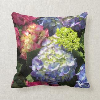 Almofada Travesseiro decorativo colorido da flor do