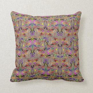 """Almofada Travesseiro decorativo com """"design do Amok da"""