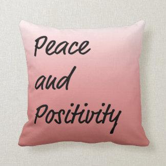Almofada Travesseiro decorativo cor-de-rosa macio da paz e