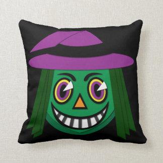 Almofada travesseiro decorativo da bruxa do vintage dos