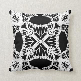 Almofada Travesseiro decorativo decorativo branco preto de