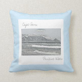 Almofada Travesseiro decorativo do esboço da montanha da