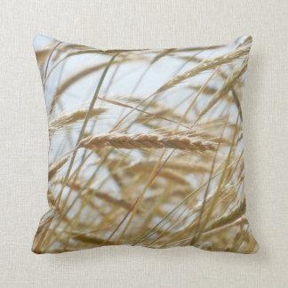 Almofada Travesseiro decorativo do trigo & do céu azul