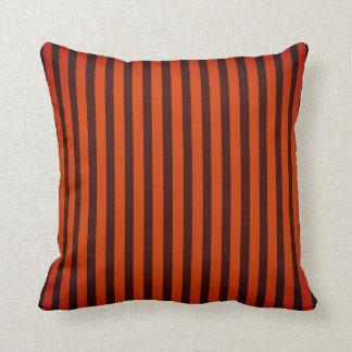 Almofada Travesseiro decorativo listrado alaranjado/preto