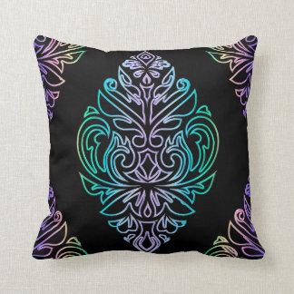 Almofada Travesseiro decorativo tribal colorido do
