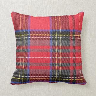 Almofada Travesseiro decorativo vermelho da xadrez de