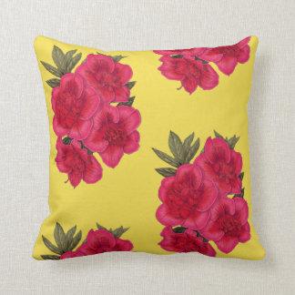 Almofada Travesseiro decorativo vermelho e amarelo da flor