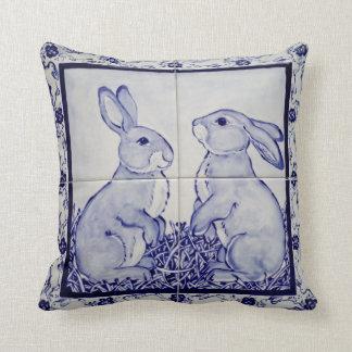 Almofada Travesseiro Dedham do azulejo do coelho dos azuis