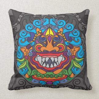 Almofada Travesseiro do preto dos trabalhos de arte de