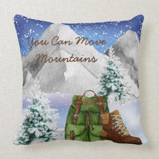 Almofada Travesseiro dos caminhantes com montanhas e trouxa