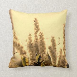 Almofada Travesseiro dourado da grama