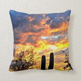 Almofada Travesseiro feito sob encomenda do céu do Saguaro