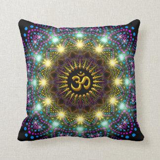 Almofada Travesseiro leve cura do símbolo do OM da mandala