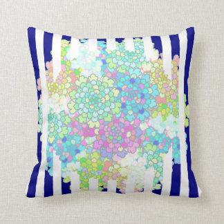 Almofada Travesseiro listrado azuis marinhos das flores dos