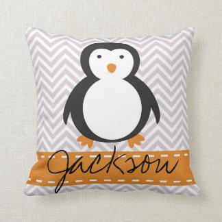 Almofada Travesseiro personalizado do pinguim do feriado