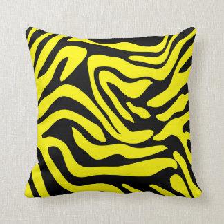 Almofada Travesseiro preto e amarelo