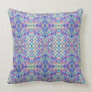 Almofada Travesseiro roxo do teste padrão do arco-íris