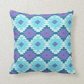 Almofada Travesseiro tribal do roxo e dos azul-céu