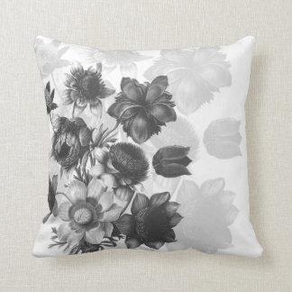 Almofada Travesseiros cinzentos do costume do buquê da flor