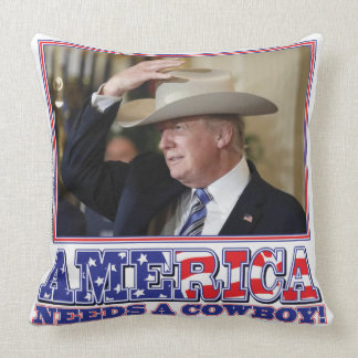 ALMOFADA TRUMP-AMERICA-COWBOY