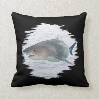 Almofada Tubarão no travesseiro de MoJo do americano da
