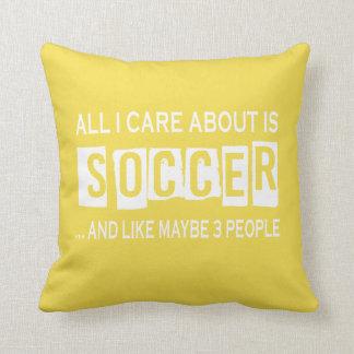 Almofada Tudo cuidado de I é aproximadamente futebol