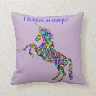 Almofada Unicórnio mim belive no travesseiro mágico