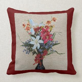 Almofada Vaso e travesseiro decorativos das flores