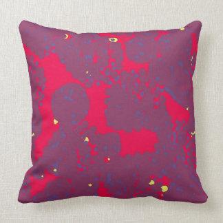 Almofada Vermelho e travesseiro roxo