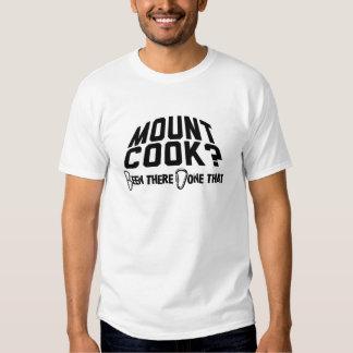 Alpinismo do cozinheiro da montagem t-shirts