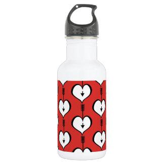 Amando o garrafa de água do branco do coração