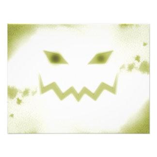 Amarelo branco da cara assustador da lanterna de J Convite Personalizado