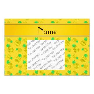 Amarelo conhecido personalizado em abacaxis fotografias