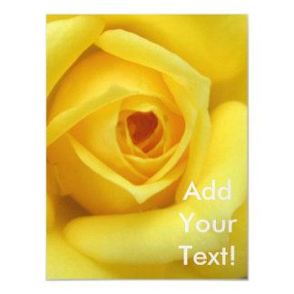 Amarelo da flor do jardim de rosas mini