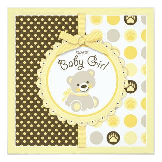 Amarelo do chá de fraldas da menina do urso de convites