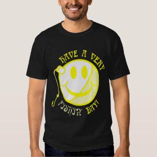 Amarelo do dia de pesca camiseta
