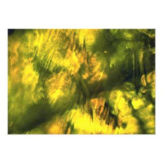 Amarelo esverdeado Mottled Convite
