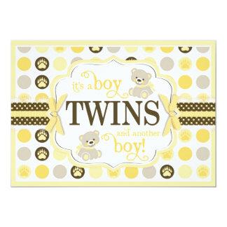 Amarelo gêmeo do chá de fraldas do urso de ursinho convite