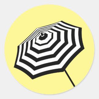 Amarelo listrado chique do logotipo do adesivo