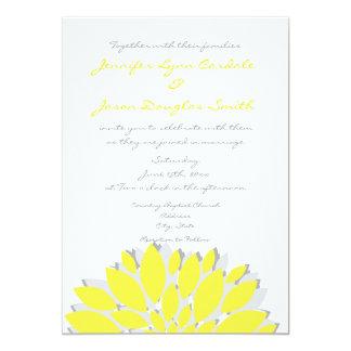 Amarelo simples e a cinza florescem convites do
