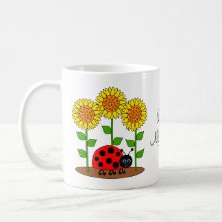 Ame meu joaninha do jardim com girassóis caneca de café