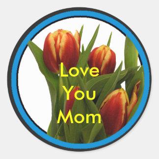 Ame-o mamã - tulipas o MUSEU Zazzle Adesivos Em Formato Redondos